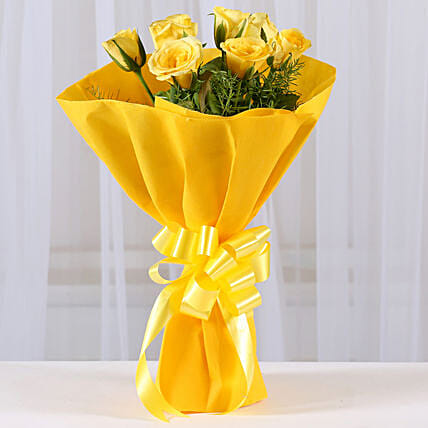 Enticing 8 Yellow Roses Flowers Gifts